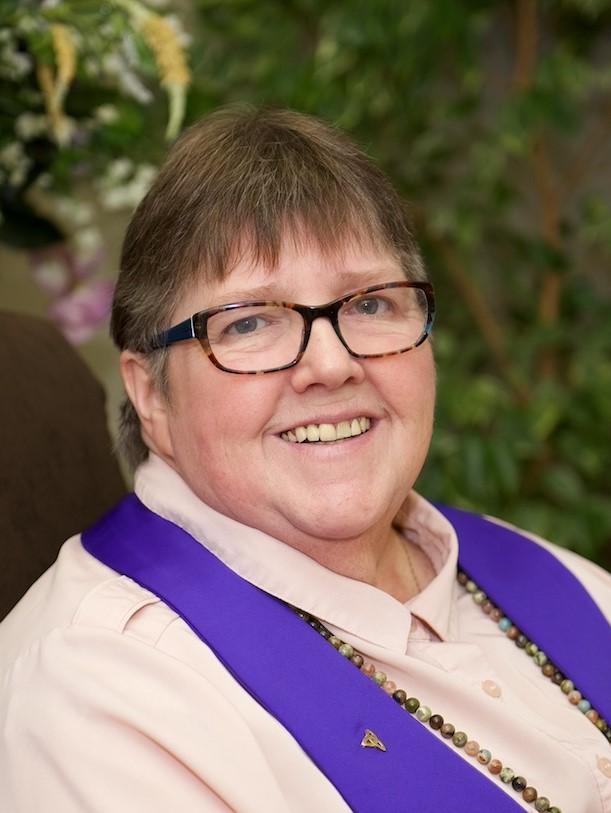 Reverend Lesley Prentis